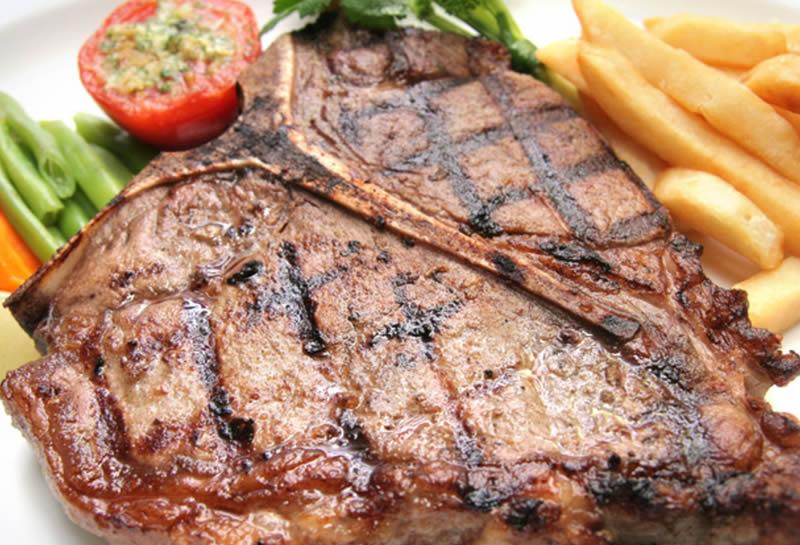 Carne alla griglia e gutturnio fermo, un abbinamento da provare